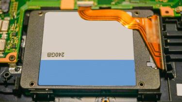 HDDに代わる新しい記録媒体「SSD」とは何か